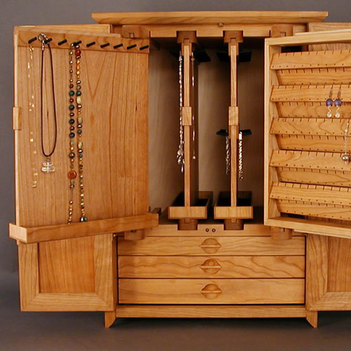 jewelry box necklace images